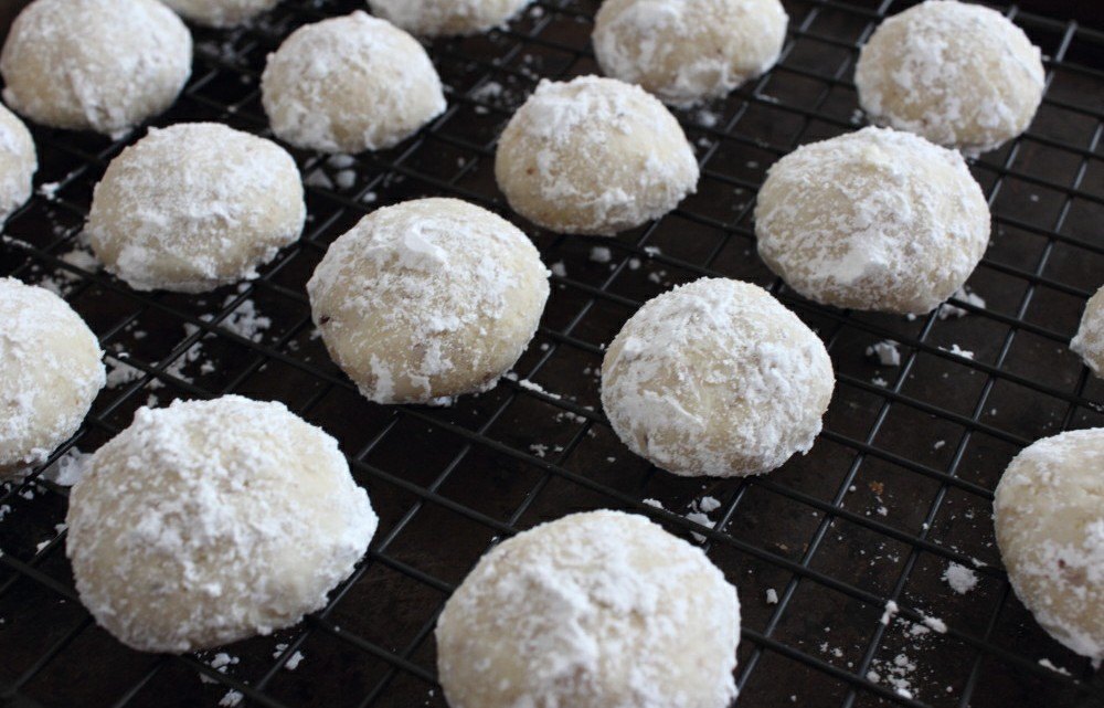 Almond snowball Christmas cookies! A great one to get kids involved with!