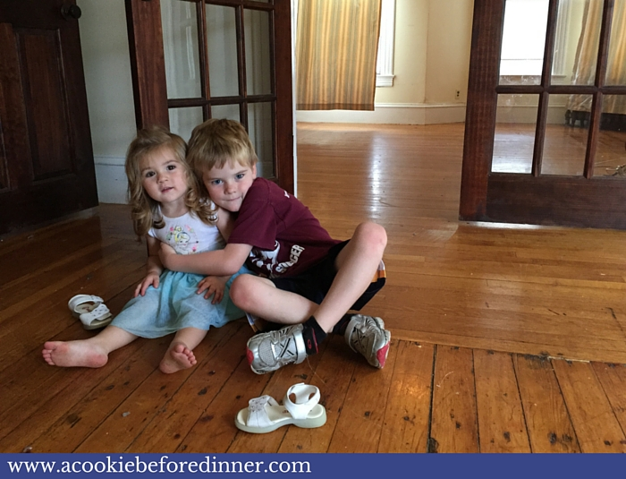 How To Move With A Toddler And Not Lose Your Mind - Say goodbye to your old house