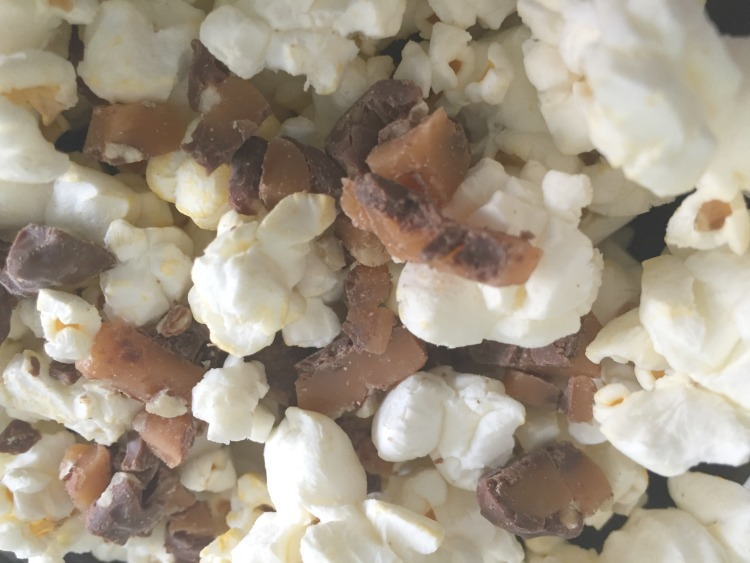 Sweet and Salty Caramel Pecan Popcorn Featured Image