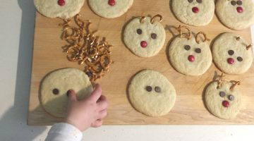 Almond Snowball Christmas Cookies